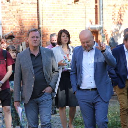 Thüringer Ministerpräsident Bodo Ramelow lernt die Vogtlandpioniere kennen